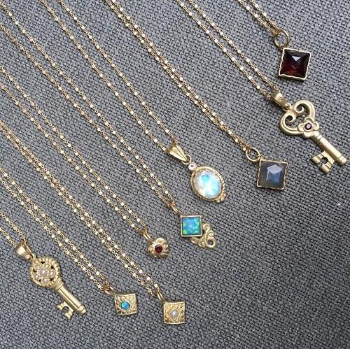 necklacesarikkastan