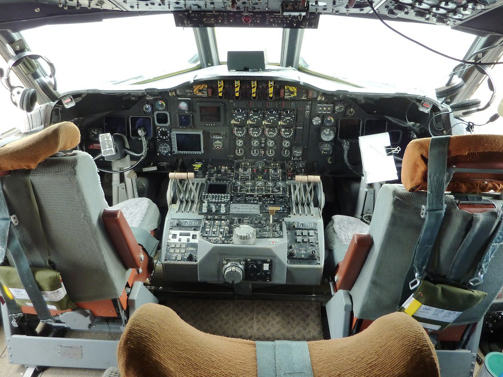 Cockpit Of Noaa Lockheed Wp 3d Orion Quot Hurricane Hunter Quot N