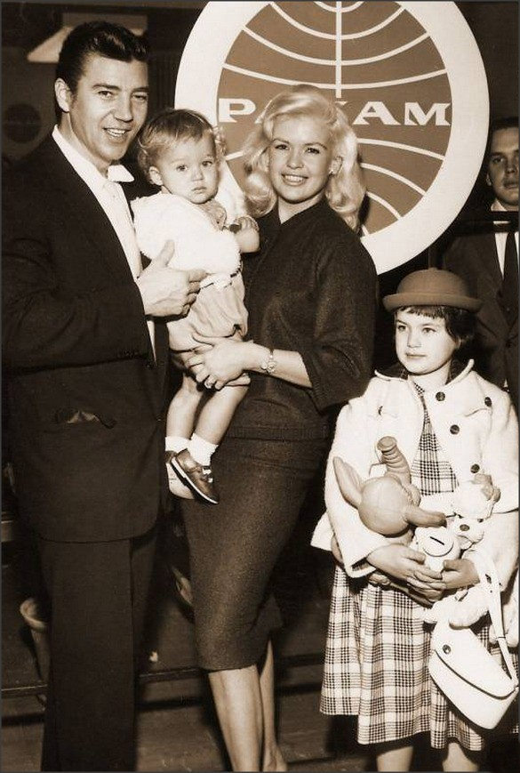 Jayne Mansfield Daughter Mariska Hargitay | Short ...