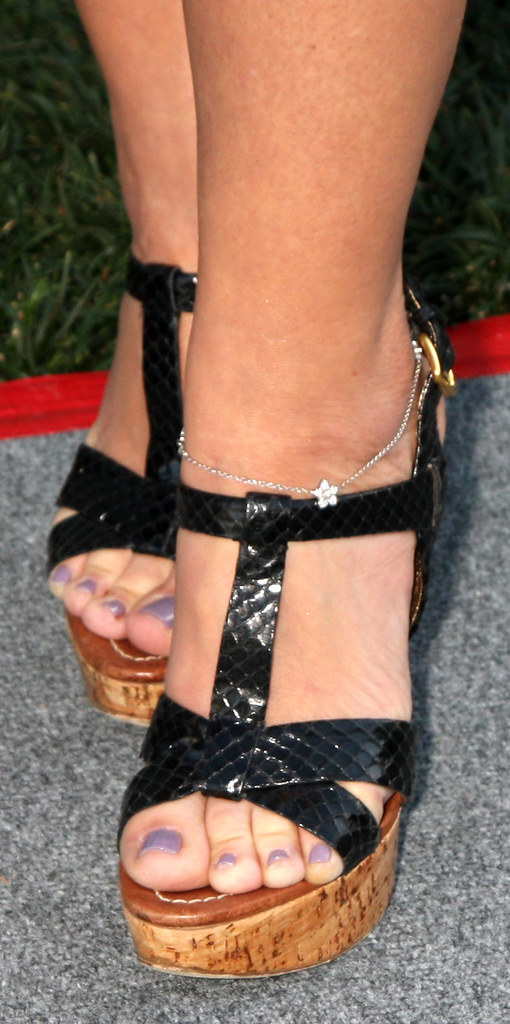 Leah Remini Sexy Feet And Shoes  Smooth2021  Flickr-7645