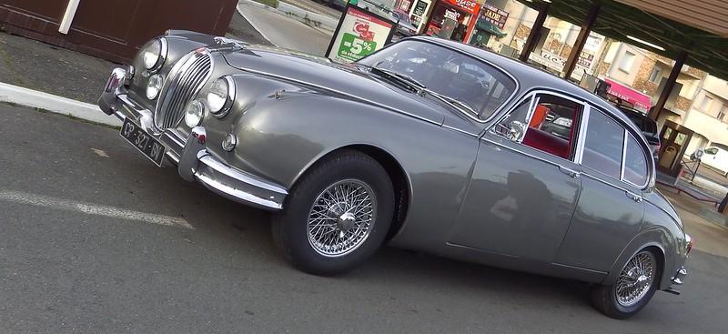 Jaguar 3,4 Litres Mk2 / 1961 - Saint Michel (91) Fév 2017 33070355056_2015d052dc_c