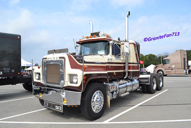 1973 Mack Tractor Truck : Mack rs l flickr photo sharing