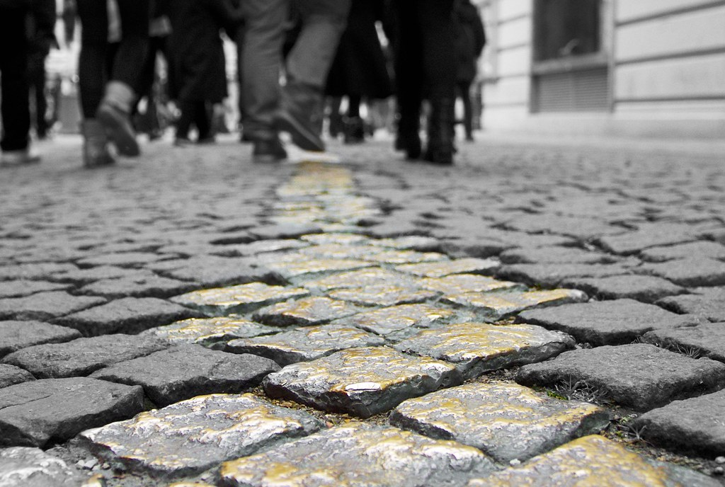 Dodgers Alley   Dodger's Alley, where the people of Munich w…   Flickr