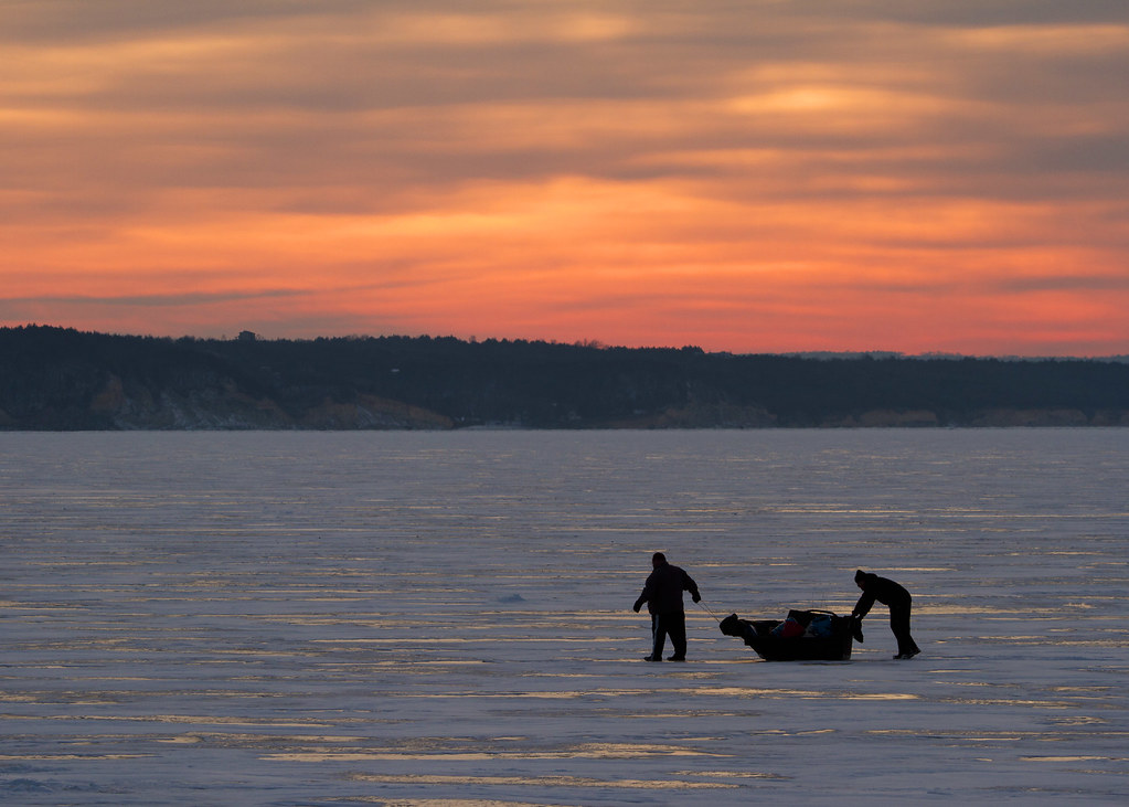 Ice fishing on lewis and clark lake missouri river for Missouri river fishing report south dakota