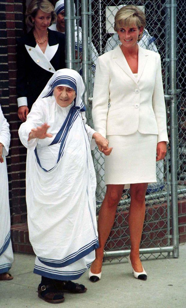 u0026quot the queen of hearts u0026quot  princess diana and saint mother tere