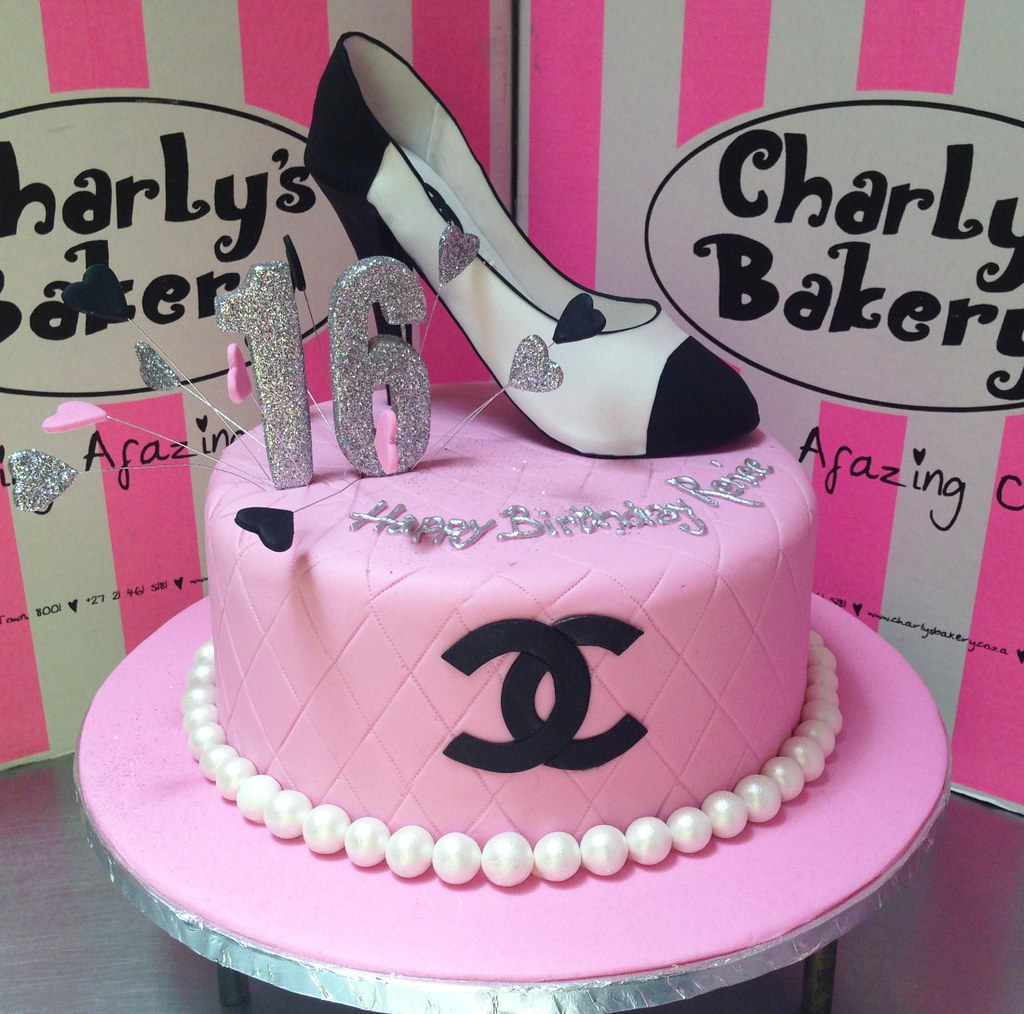 Coco Chanel Inspired Sweet 16th Birthday Cake With Quilted