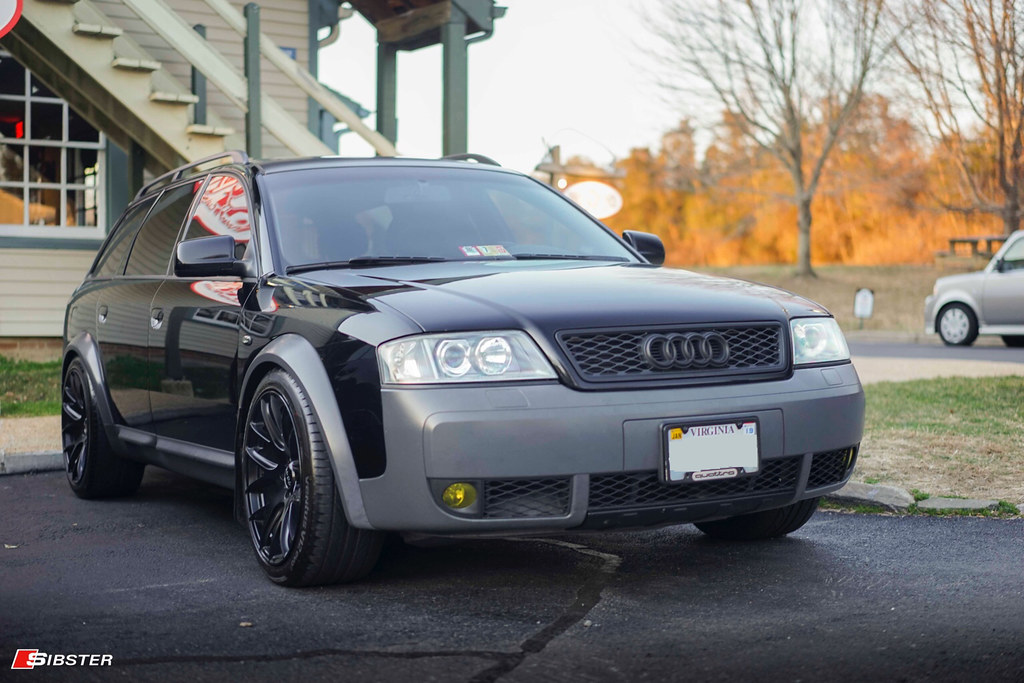 Who Has The Allroad With The Roof Basket And All Terrain Tires