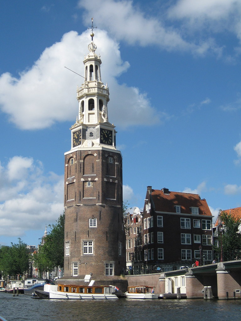 Silly jack the clock tower amsterdam david swart for Amsterdam b b centro