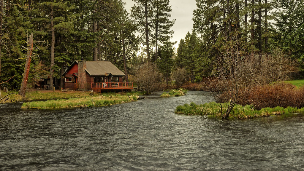 Cabin on the metolius rental cabin on the metolius river for White rock mountain cabins
