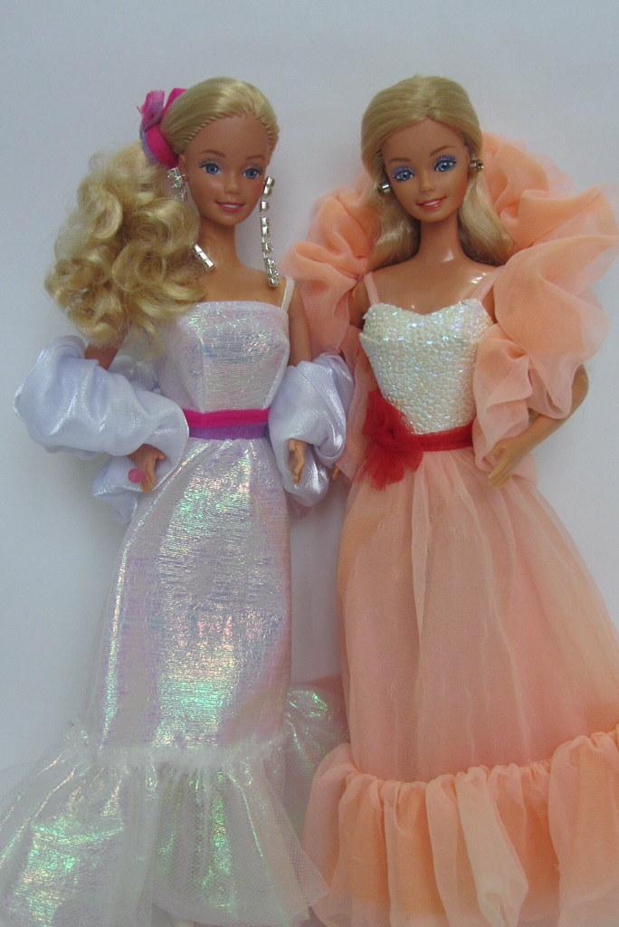 Crystal barbie 1983 peaches 39 n cream barbie 1984 flickr for Barbie wohnzimmer 80er