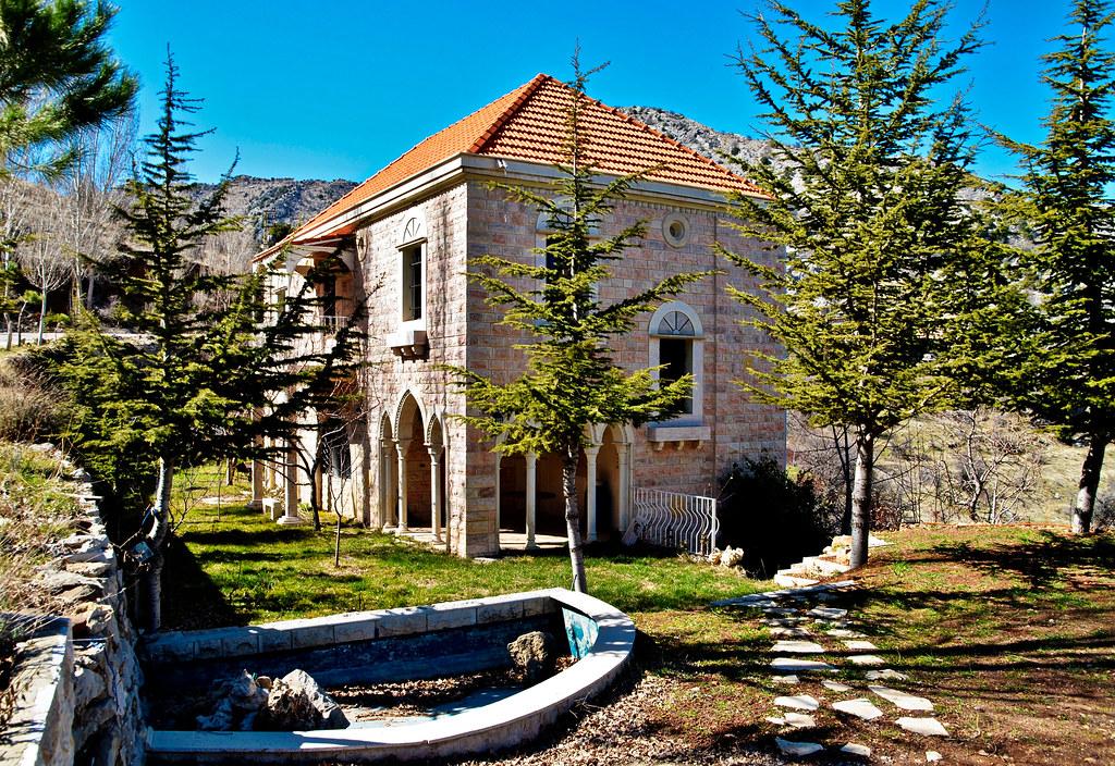 Traditional lebanese house douma ibrahim anouti flickr for Modern house lebanon