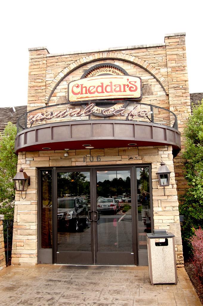 Cheddar S Casual Cafe Warner Robins Ga Address