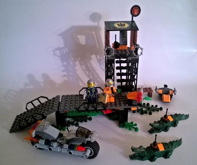 LEGO Agents Mission 2  Swamp RaidLego Agents Mission 2