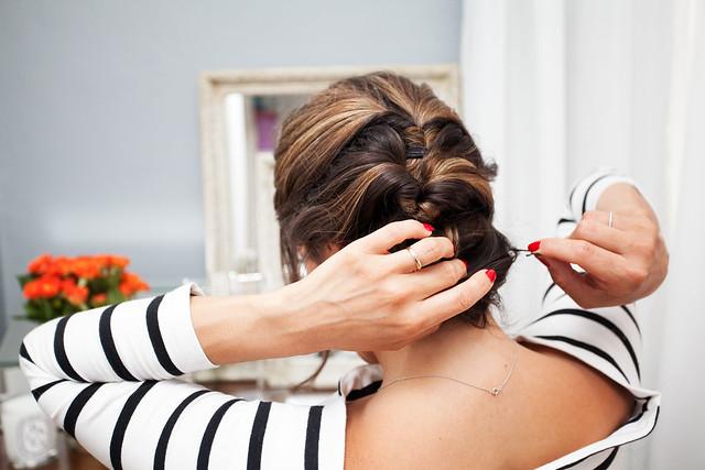 Ecotools hair tutorial makeup tutorial summer glow office ideas on hair professional fashion blogger simple hair tutorial Angled Kabuki Brush $9.99 Tapered Blush Brush $6.99 Smoothing Detangler Hair Brush $10.99