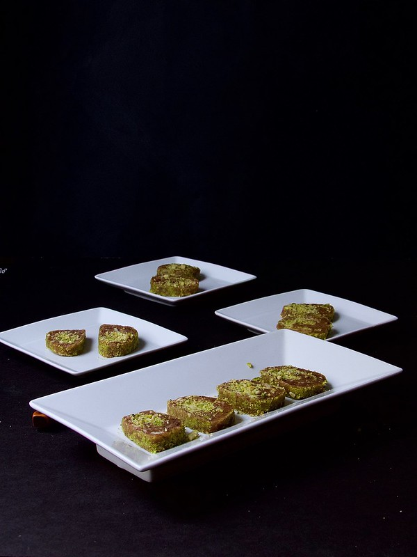 Dates and Pistachios Roll