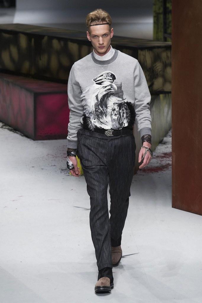 Paul Boche3551_1_FW14 Milan Roberto Cavalli(fashionising.com)