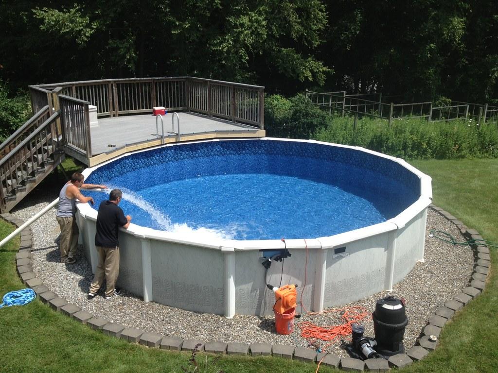 En guide til at finde en pool, som passer til dig - Poolkemi.dk : pool glasfiber : Inredning