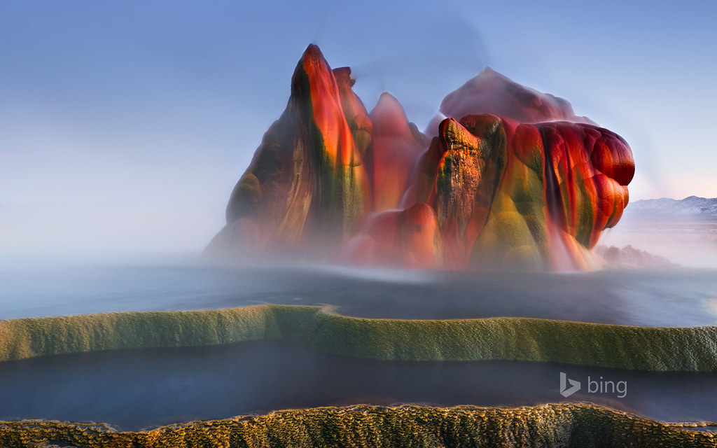 Fly Geyser near Black Rock Desert , Nevada | Fly Geyser ...