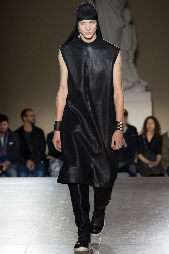 Paul Boche3556_FW14 Paris Rick Owens(VOGUE)