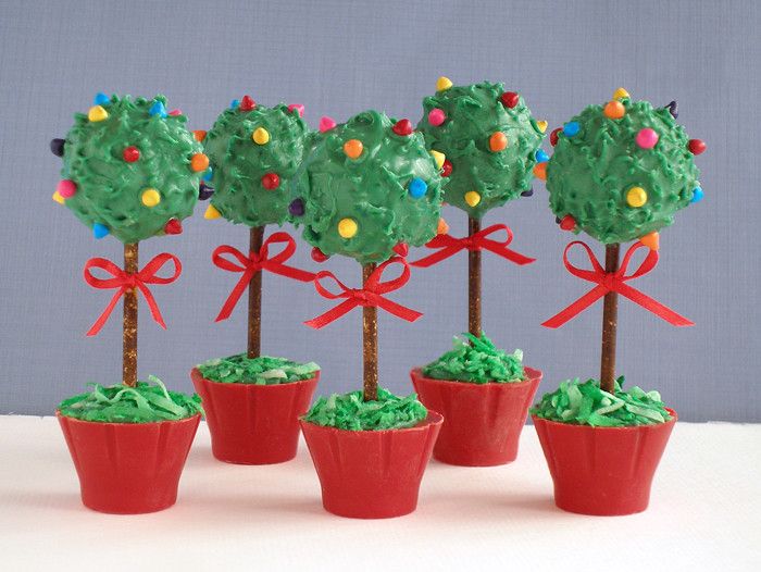 christmas cake pops topiary cake pops use cake scraps and 2930