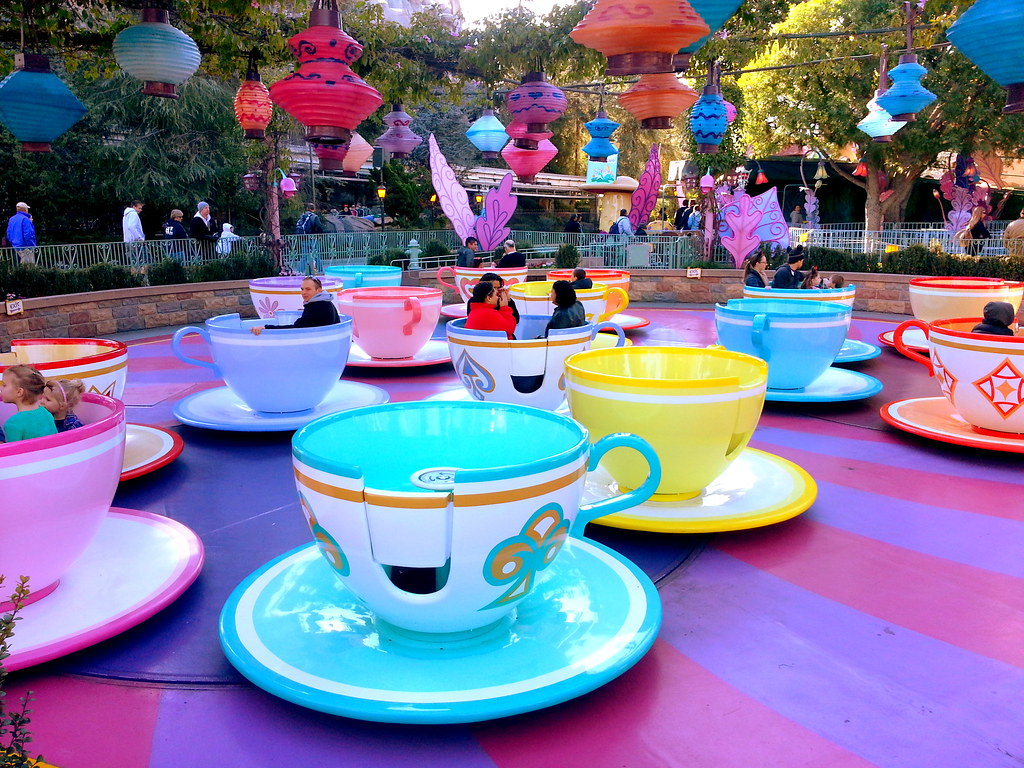 Mad Tea Party Disneyland Mad Tea Party-Fantasyl...