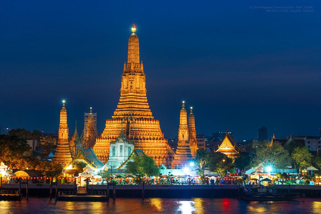 Wat Arun at night  The night shot of illuminated Wat ...