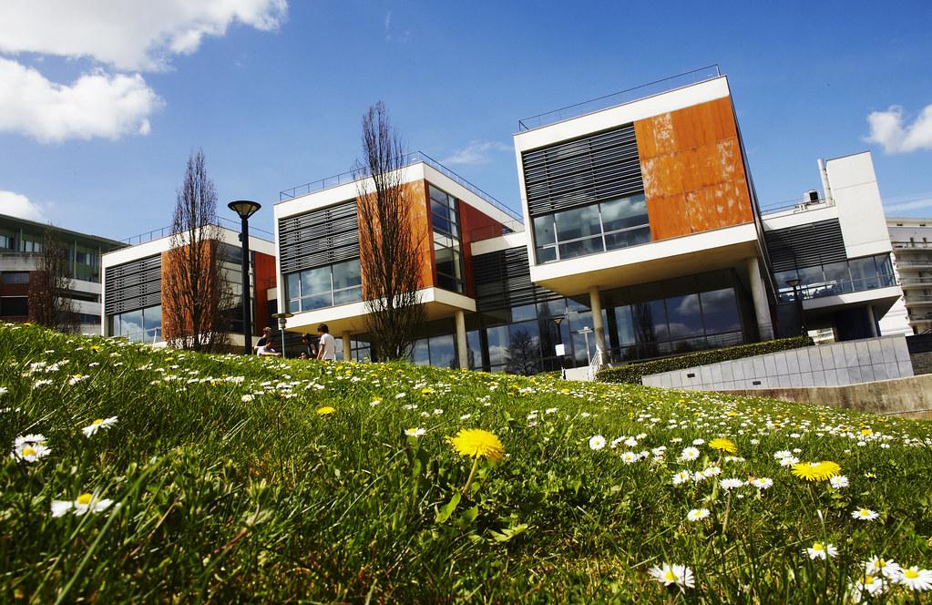 Campus de Saint-Quentin-en-Yvelines