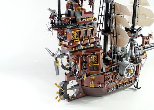 70810 MetalBeard's Sea Cow 607