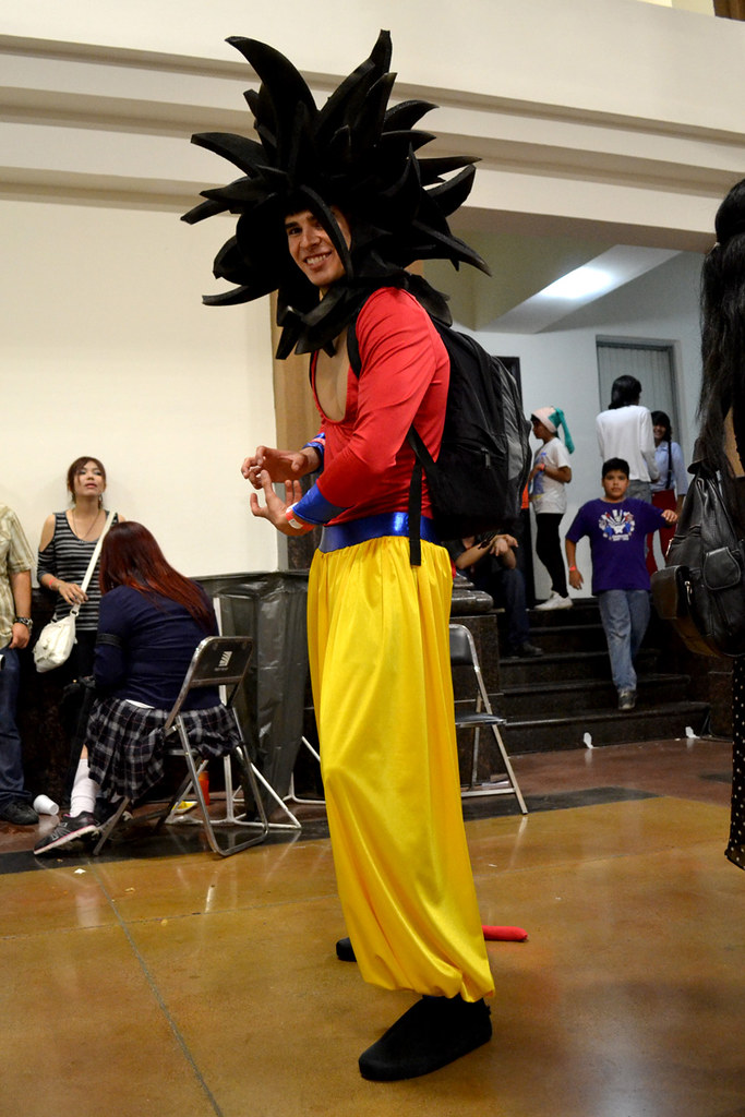 COSPLAY  Goku Super Saiyajin fase 4  Dragon Ball GT  Flickr