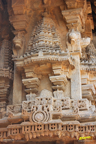 Ornate sculptures on the outer walls of Keshava Temple, Somanathapura, Mysore district, Karnataka, India