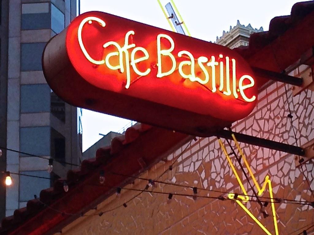 cafe bastille on belden lane in san francisco click link