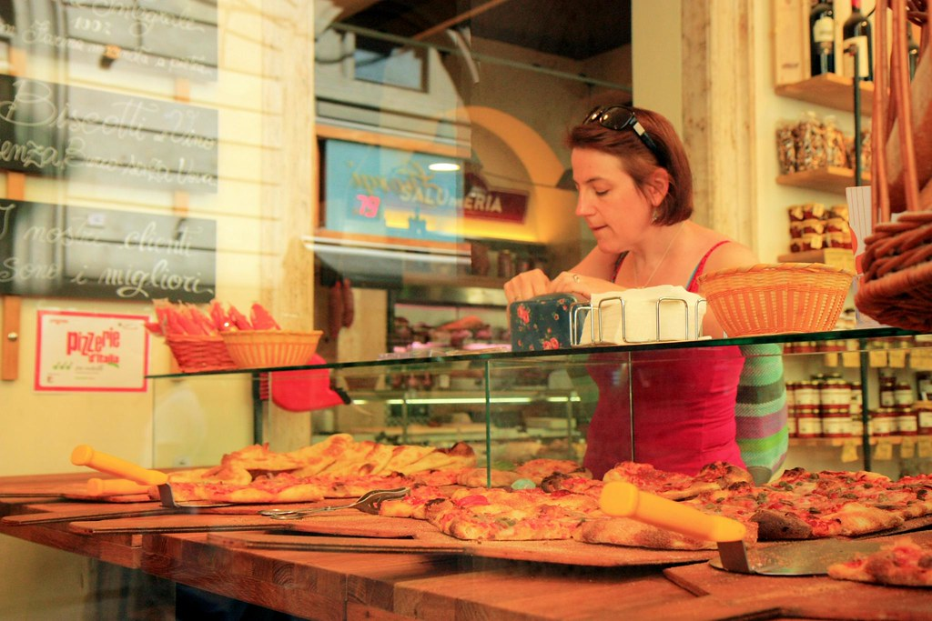 Moss Cake Shop Wikipedia