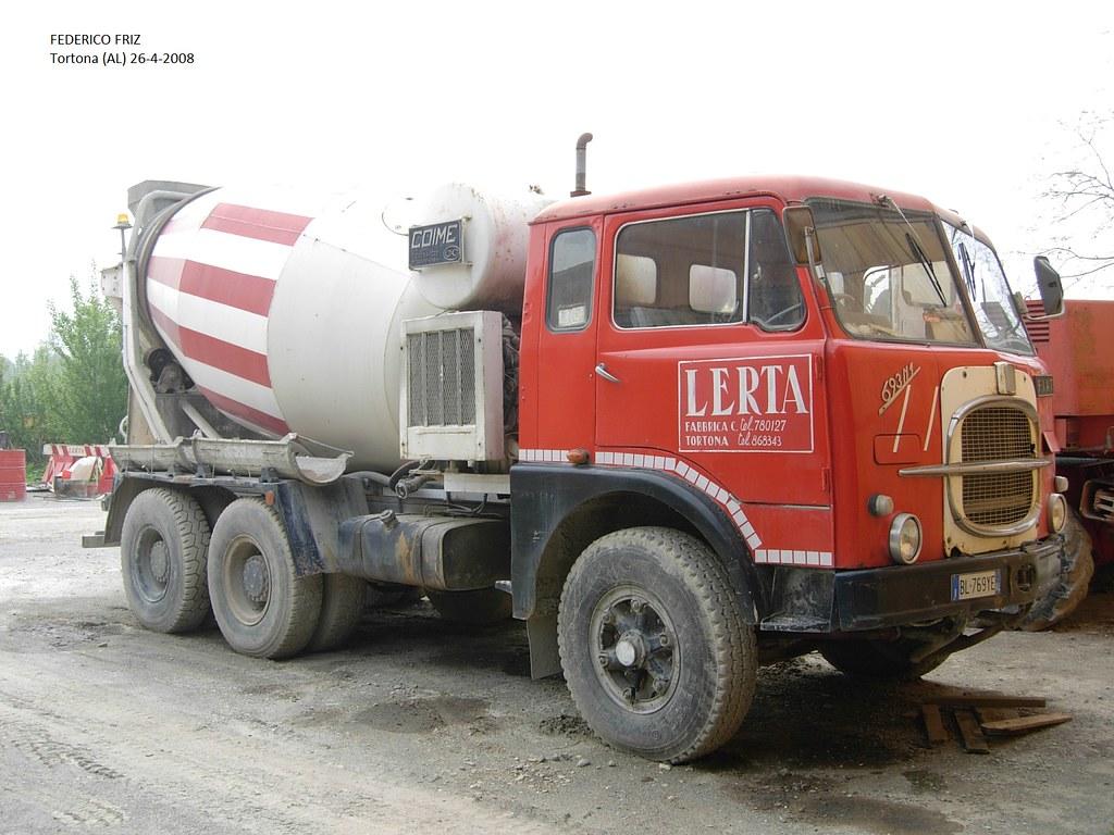 allestimento betoniere su camion 9602701854_f0cdf4a27d_b
