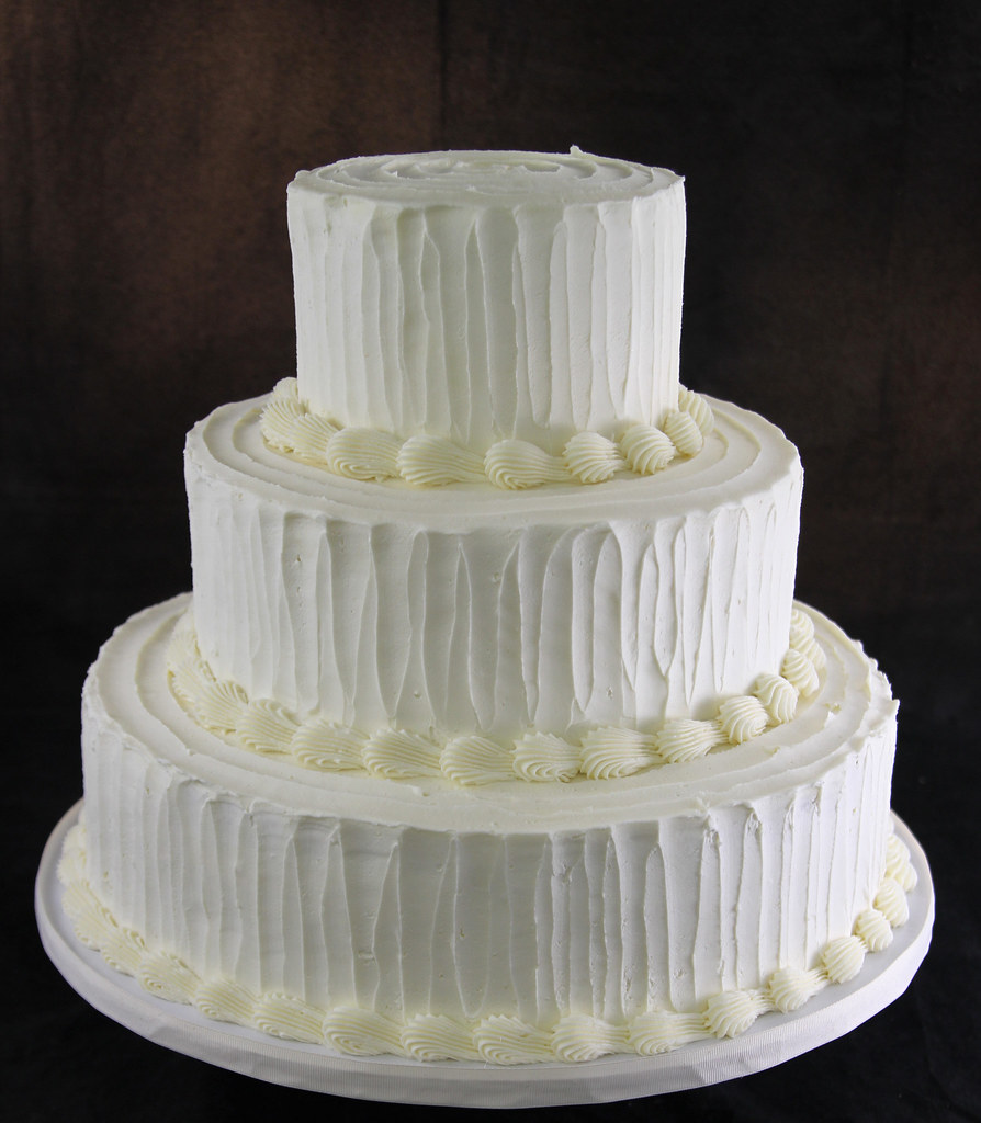 old fashion wedding cake cake covered in buttercream with flickr. Black Bedroom Furniture Sets. Home Design Ideas