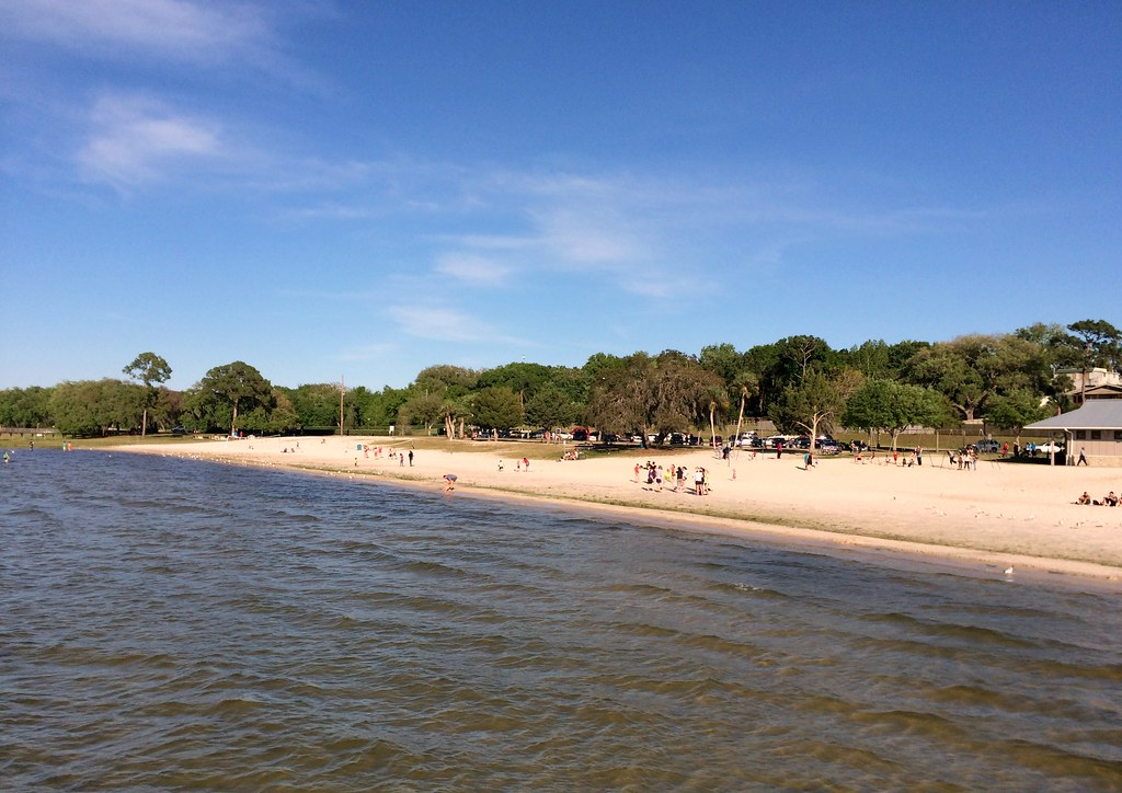 Clermont Waterfront Park Lake Minneola Beach View Fr