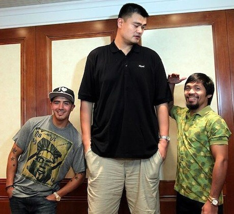 July 30th, 2013 - Yao Ming stands with Manny Pacquiao and ...