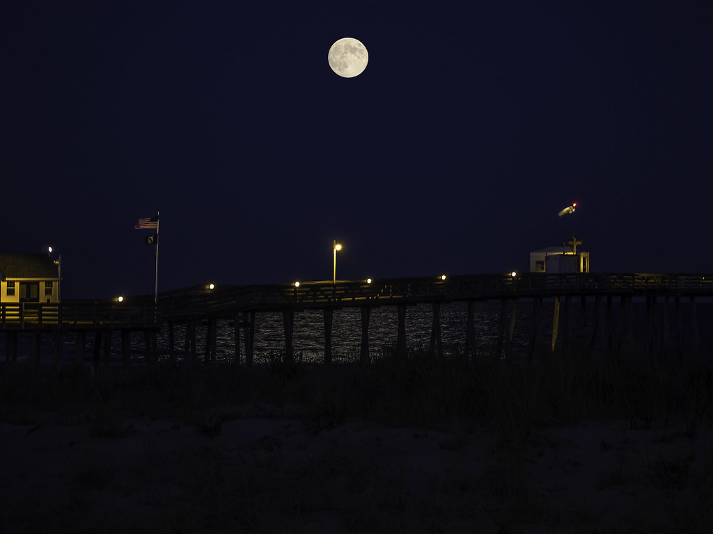 Ocean city nj fishing pier e scott wheaton flickr for Ocean city nj fishing report