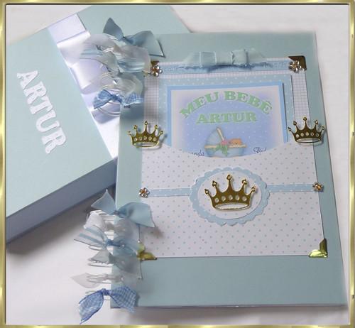 diario do bebê  menino azul coroa