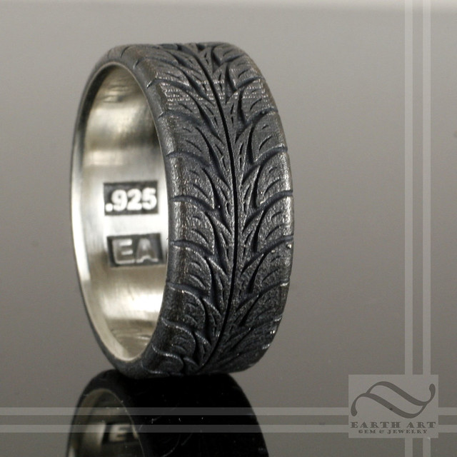 low profite tire tread ring sterling silver a nicely