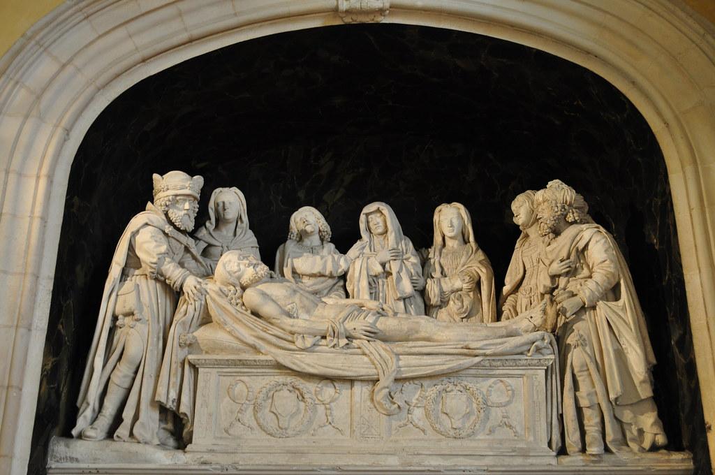 Mise au tombeau xve si cle ancienne chapelle du couvent - Mise a la porte du couvent ...