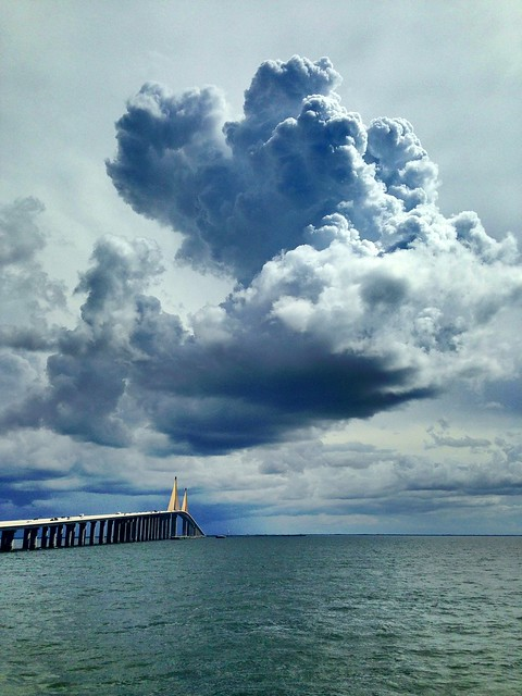 Cloudporn from north fishing pier at sunshine skyway for Tides 4 fishing skyway