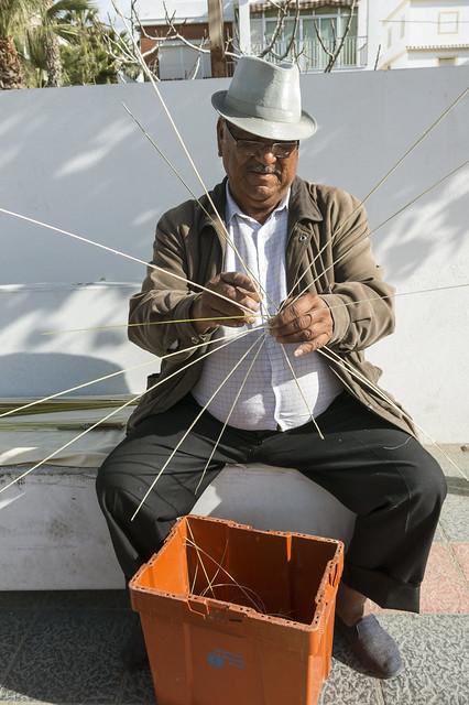 El hombre de las cestas