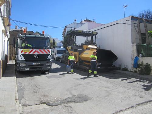 AionSur 33606411801_520b67c021_d Carmona inicia un plan para construir y renovar 77 pasos de peatones Carmona Provincia