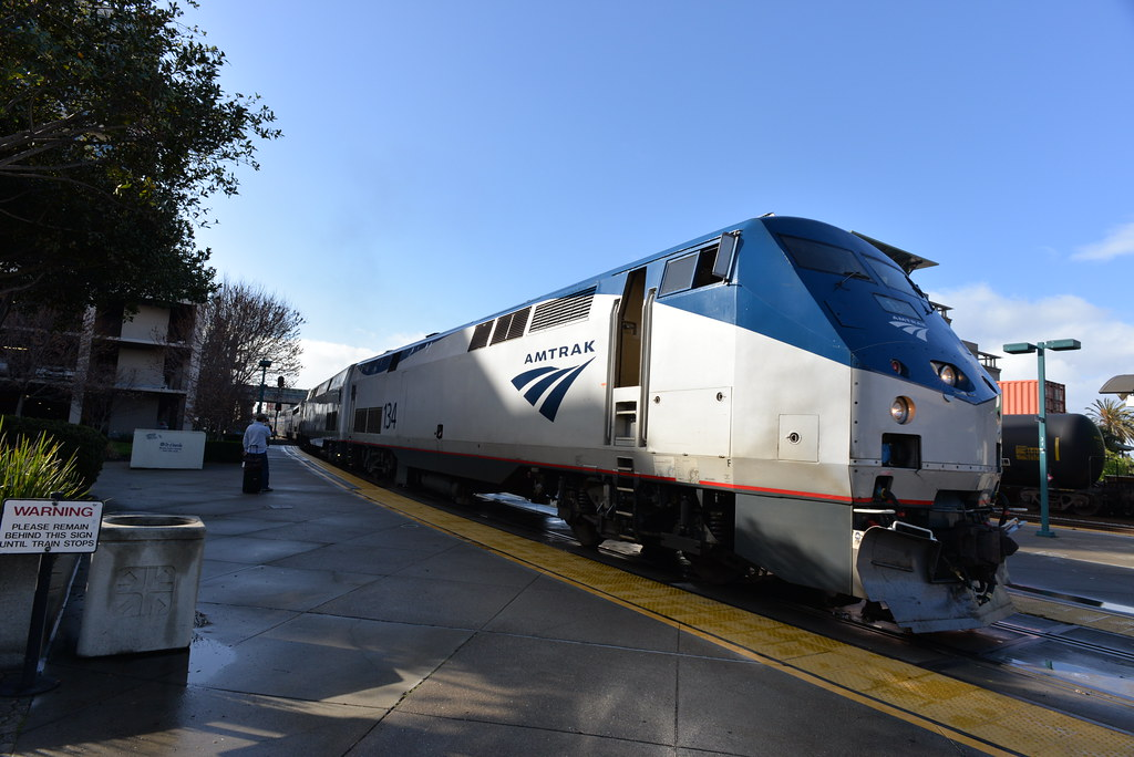 Amtrak 134 E 2 27 14 At The Emeryville Train Station In