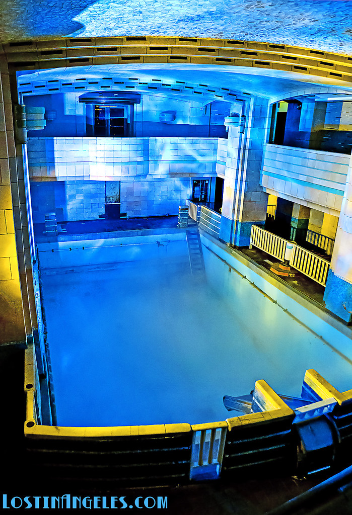 Queen mary haunted swimming pool the queen mary swimming - Queen mary swimming pool victoria ...