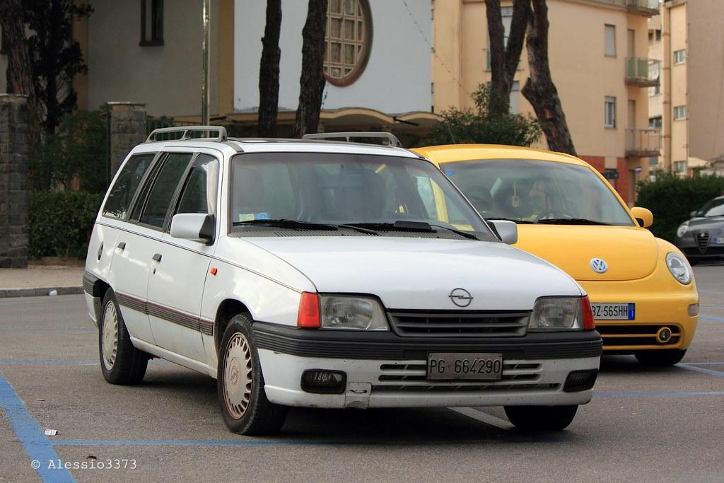 Opel kadett e gt caravan alessio flickr for Opel kadett e interieur