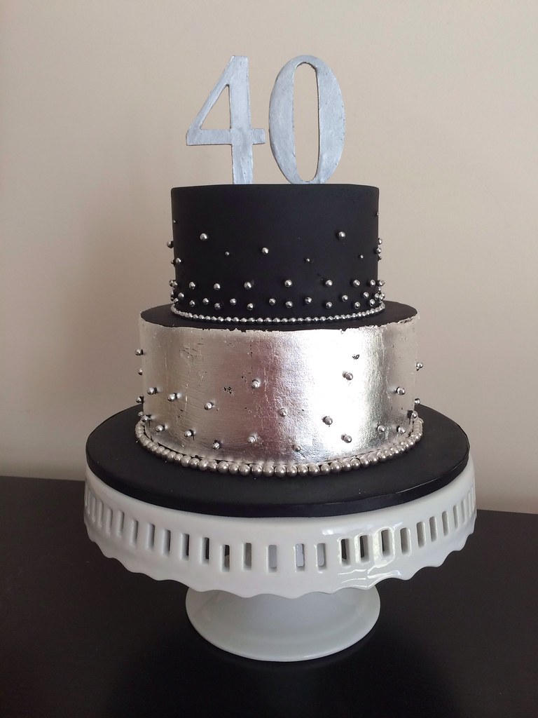 pictures of black and silver wedding cakes black and silver leaf 40th birthday cake teressa sargent 18390