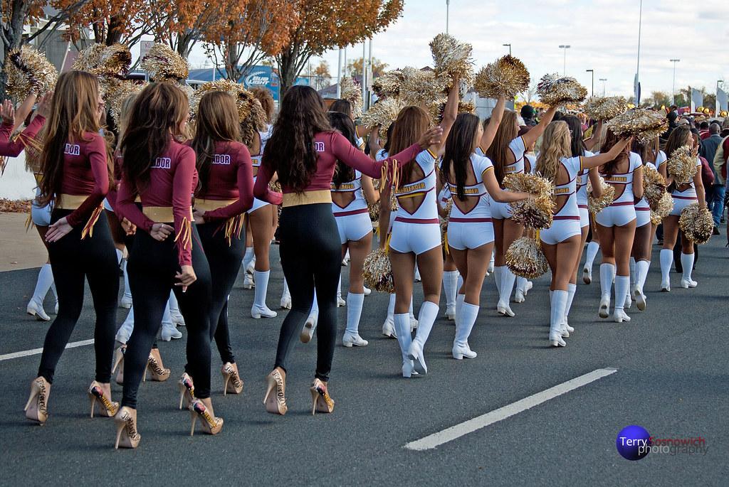 Washington Redskin Cheerleader Ambassadors and Redskinette… | Flickr