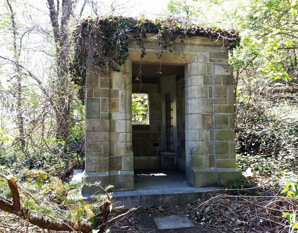 Abandoned Woodland Mausoleum Matt Green Flickr