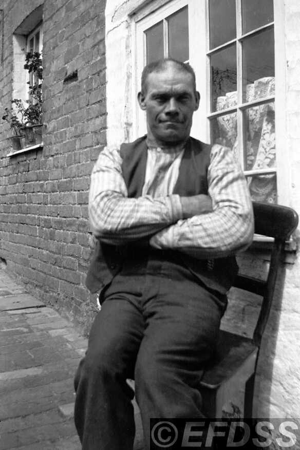 Jack Barnard, photograph by Cecil Sharp; copyright EFDSS.